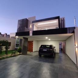 Casa de 03 quartos duplex - Alto Padrão em Caruaru
