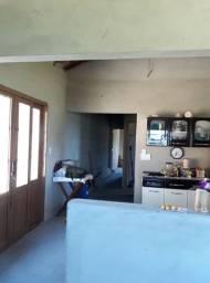 Linda Casa Azul Condomínio Igaratá piscina , 3 quartos sendo um com suíte