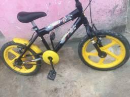 Bicicleta pra criança aceitamos cartão!