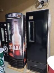 Título do anúncio: Cervejeira 8 cx  zera primeira linha nota fiscal garantia de fábrica 10x sem juros cartão