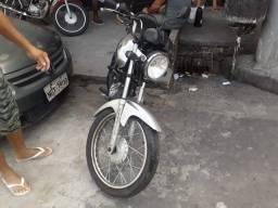 Vende se moto YAMAHA YBR 125 K passageiro motocicleta
