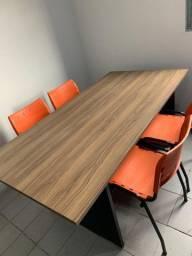Mesa para escritório c/4 cadeiras plásticas WP Flex