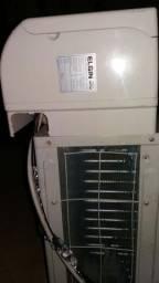 Vendo esse ar condicionado elgin 24 mil BTUs por 1.0000 reais