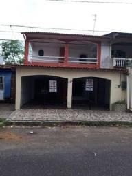 Cód. 257 - Casa de 5/4 sendo 4 suítes, piscina e churrasqueira