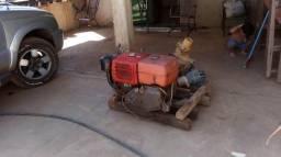 Motor estacionário a diesel b18 yanmar#e uma bomba de 4 poleg idrojet. p/ret.areia