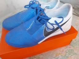 Vendo ou troco Chuteira Nike Phantom