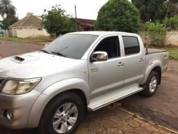 Toyota Hilux Std 4x4 2013 - 2013