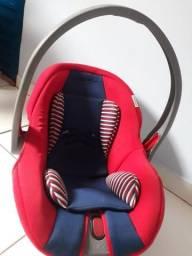 Bebê conforto semi novo pra sair logo