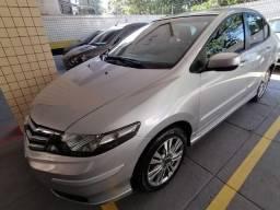 Honda City Sedã LX/Flex , 13/14, automático, bancos em couros. Lindinho!!!!! - 2013