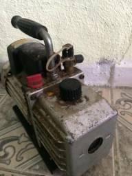 Bomba De Vacuo 5cfm Ar Condicionado Bivolt Duplo Estagio