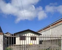 Casa de Alvenaria com 02 Dormitórios no Itinga