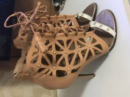 Sandália da lança perfume