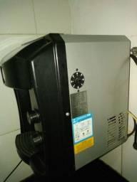 Vendo ou troco filtro muito bom gela bem aceito celular na troca