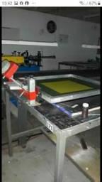 Vendo 4 mesas de serigrafia impressão manual.