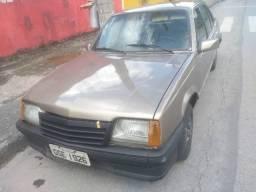 Chevrolet Monza 1.8 4 portas - 1990