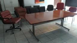 Cadeeiras e mesas de reunião para escritório