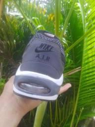 Título do anúncio: Sapato usado so uma vez novo