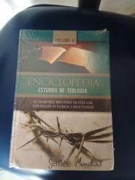Vendo vários livros Aparti de 50 reais