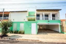 Título do anúncio: Casa para venda em Jardim Santa Clara de 432.00m² com 3 Quartos, 3 Suites e 3 Garagens