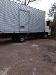 Caminhão Ford Cargo 815 ano 2009 á Venda