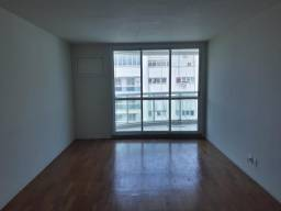 Título do anúncio: Apartamento de 308 metros quadrados no bairro Barra da Tijuca com 6 quartos