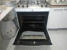 Título do anúncio: Vende-se fogão bem conservado!