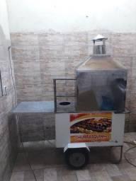 Vendo carrinho de churrasco faltando apenas a tampa do reservatório de gelo