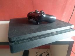 Título do anúncio: Playstation 4 500g ( +60 jogos incluído )
