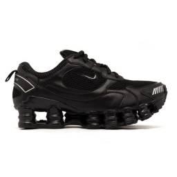 Título do anúncio: Nike shox pouco usado na caixa R$100,00