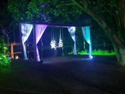 Iluminação decorativa e cênica para festas e eventos