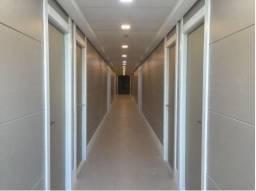 Sala comercial na Paralela com 30m² no Alpha Medical Center
