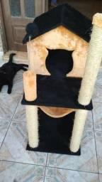 Arranhador para gatos - Casinha e rede