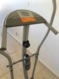 Elíptico da atlentic bem resistente suporta até 150 kg aparelho muito bom