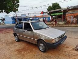 Vendo Uno Mille básico bem conservado - 2002