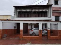 Casa com 4 quartos, 4 banheiros, 340m², na Rua Firmino Gameleira- Olaria