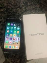7 plus 128 gb apenas 1 mês de uso ,11 meses na garantia da Apple , caixa e todos acessório