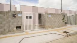 Casa pronta para morar, com 2 quartos, beco e documentaçao gratis