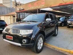 PAJERO DAKAR 2012/2012 3.5 HPE 7 LUGARES 4X4 V6 24V FLEX 4P AUTOMÁTICO
