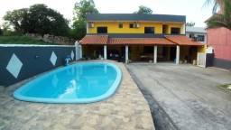 Exelente casa com piscina a beira mar
