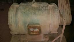Motor 75 CV