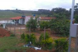 Rancho na Beira Lago de Furnas