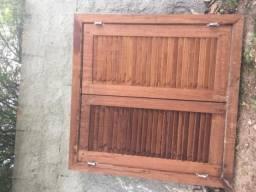 Janela de madeira Jatobá
