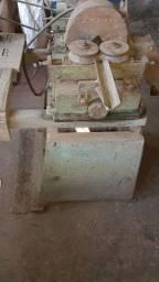 Torno madeira cabo de vassoura