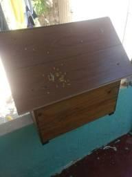Casinha de madeira de cachorro