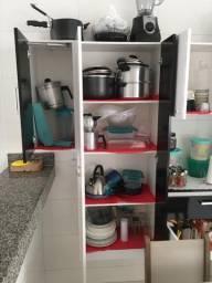 Cozinha Bartira Pérola com 7 Portas e 1 Gaveta*Preço Baixou!!
