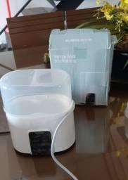 Esterelizador e aquecedor de mamadeira