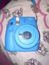 Câmera polaroid  350,00