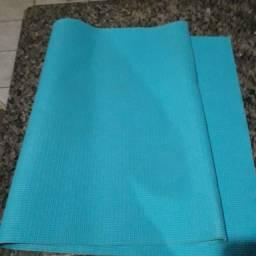 Tapete de ioga e pilates simples azul