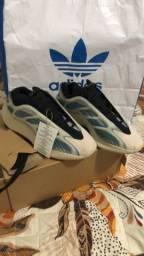 Título do anúncio: Adidas Yeezy 700 V3 Kyanite