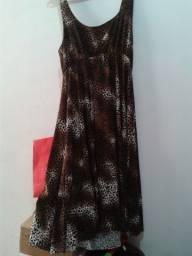 Vestido de alça curto estampa de oncinha malha fria M